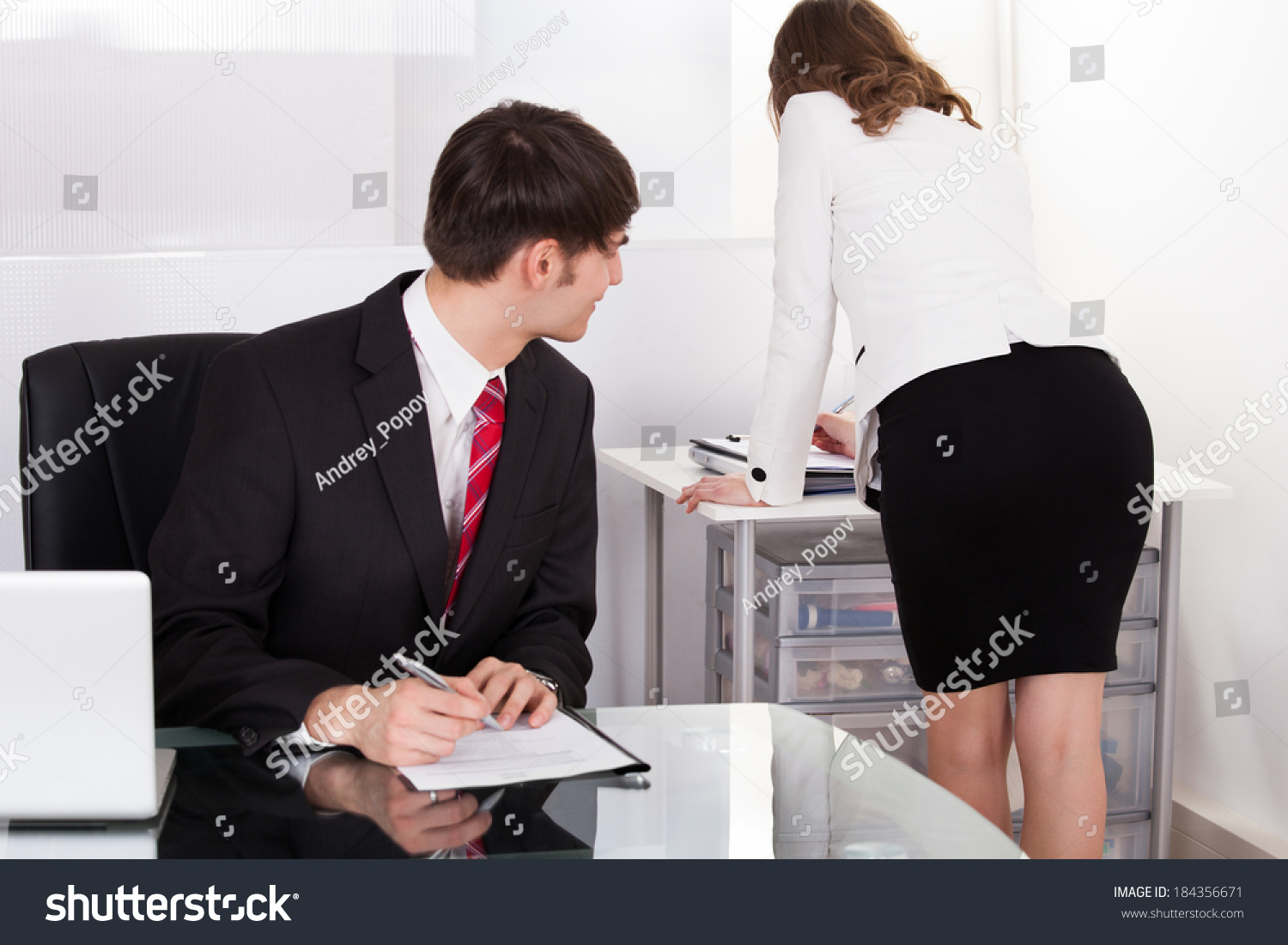 essay on working women problems Looking for the right topic for your essay here are 40 problem-solution essay topics to a study on women in abusive relationships and its problem: work-life.