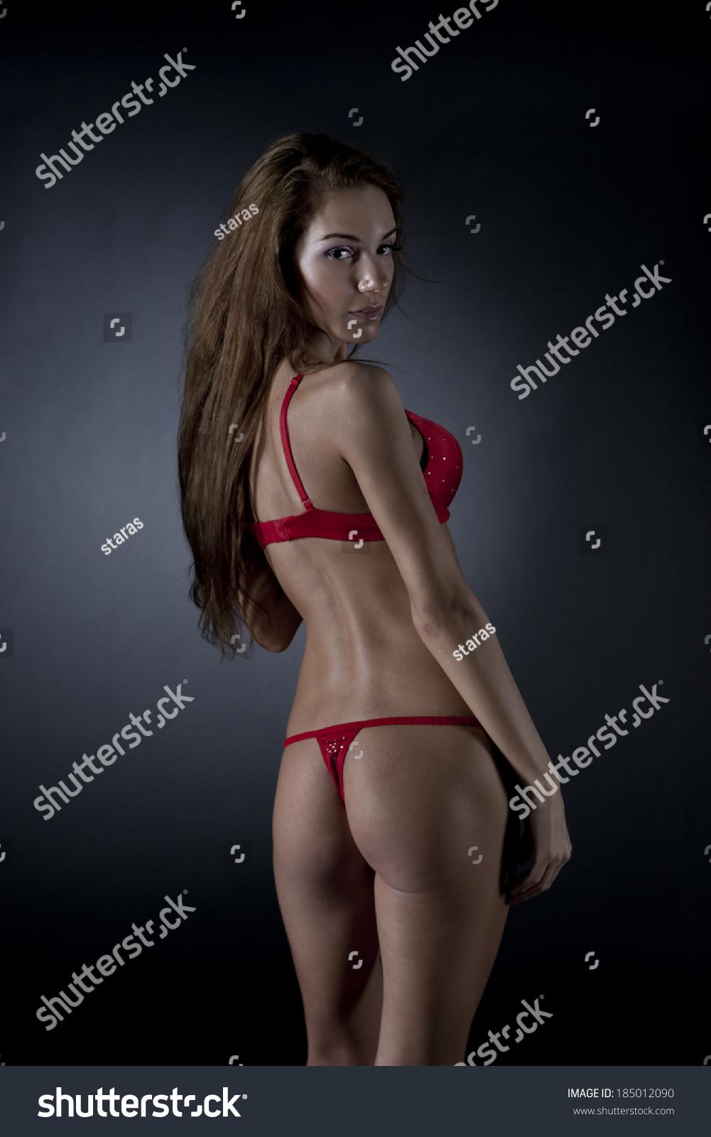 youg-naked-girl