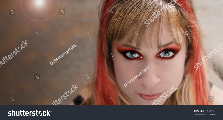 girl on rock make - photo #36
