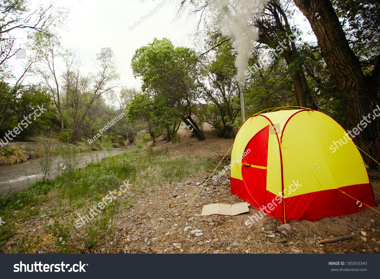 C&ing tent sauna near river & Camping Tent Sauna Near River Stock Photo 185833340 - Shutterstock