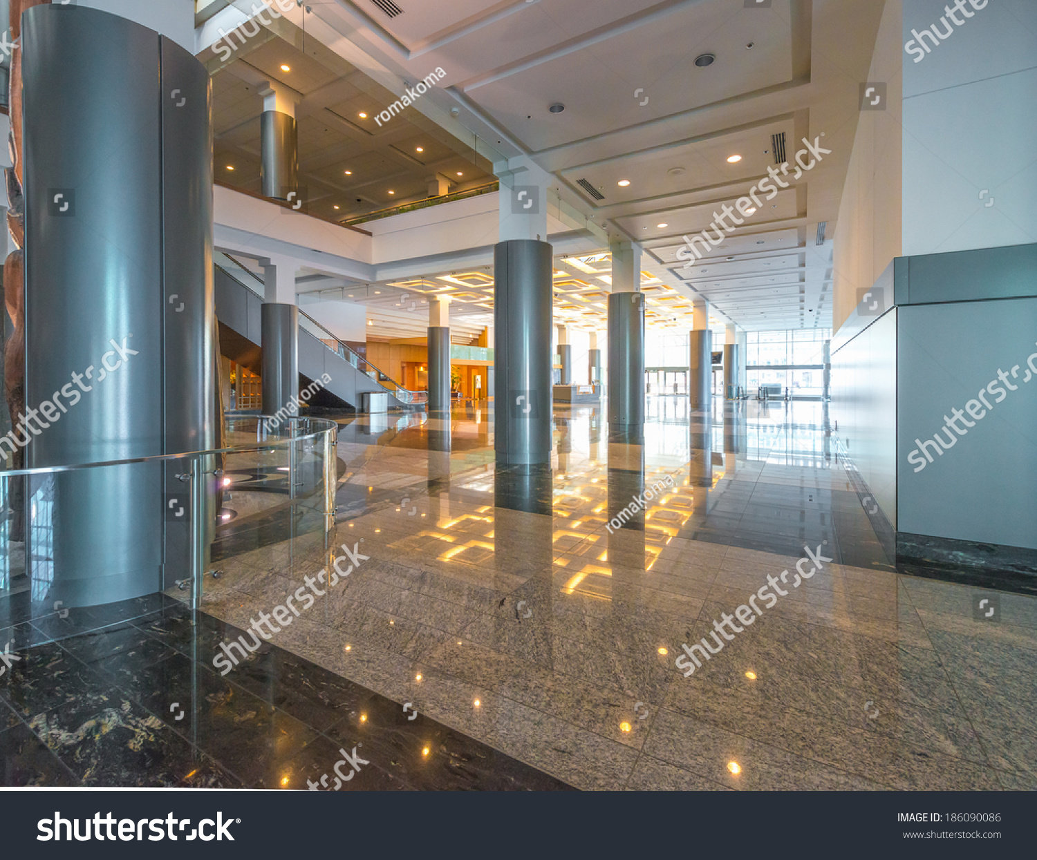Modern lobby hallway of the five stars luxury hotel for Design hotel vancouver