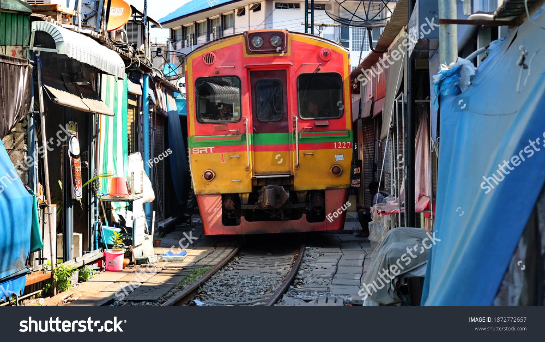 stock-photo-samut-songkhram-thailand-dec