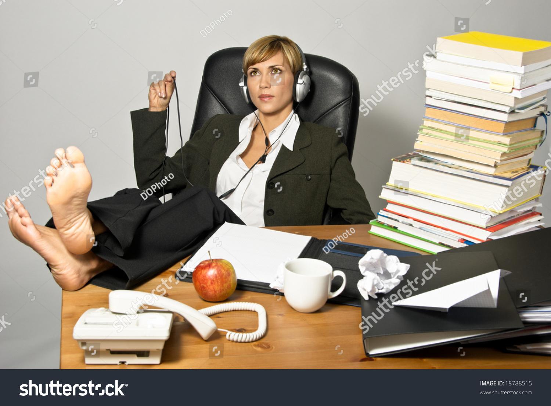 lazy female manager - photo #13