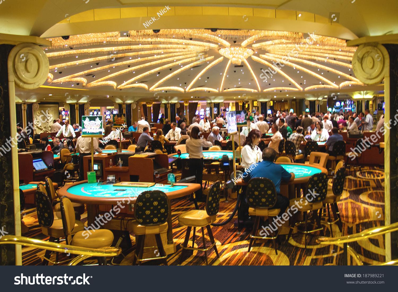 Адреса игровых казино в санкт-петербург играть бесрлатнот в игровые автоматы