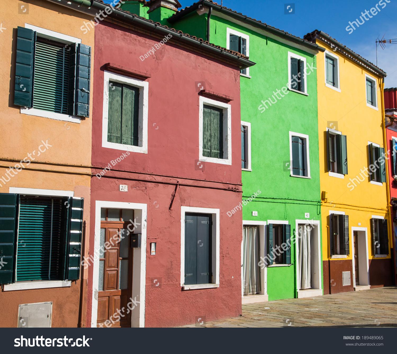 homes exterior in Camogli, famous small townin Liguria, Italy | EZ ...