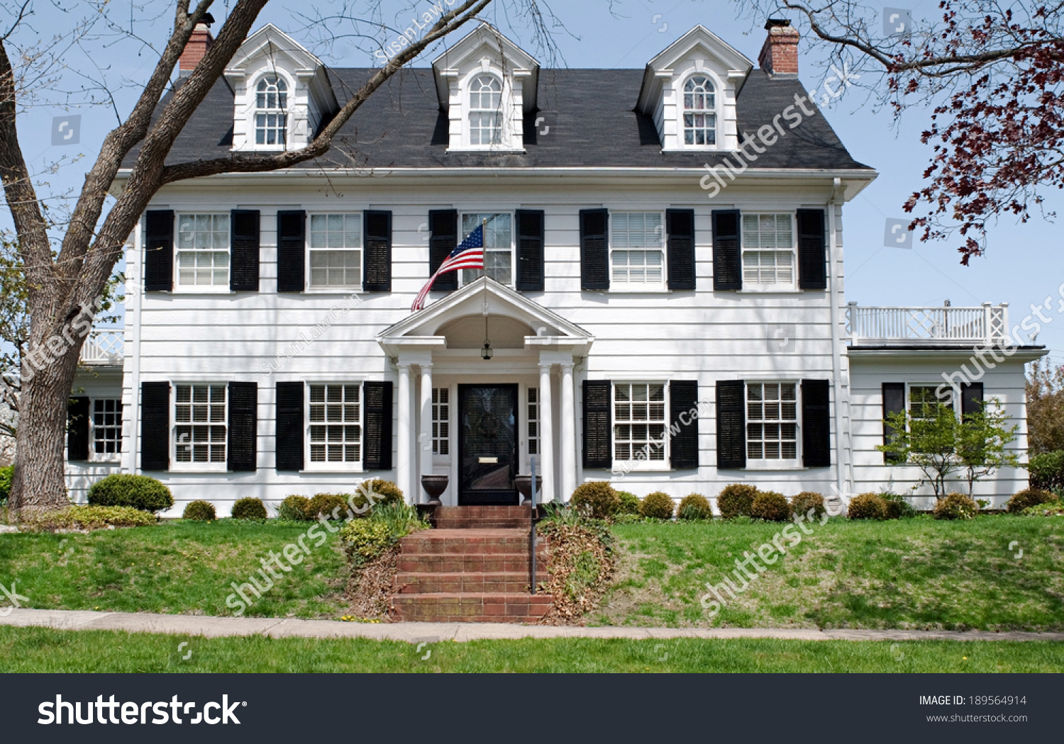 Georgian Colonial House