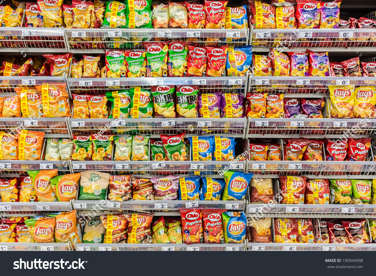 grocery shelves of processed foods pictures to pin on. Black Bedroom Furniture Sets. Home Design Ideas