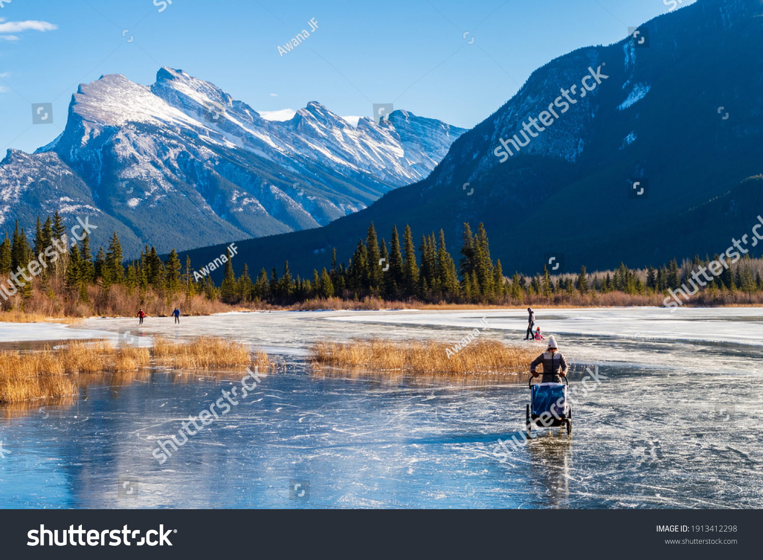 Banff, Canada - december 2020 : beautiful view of Vermilion lakes in winter