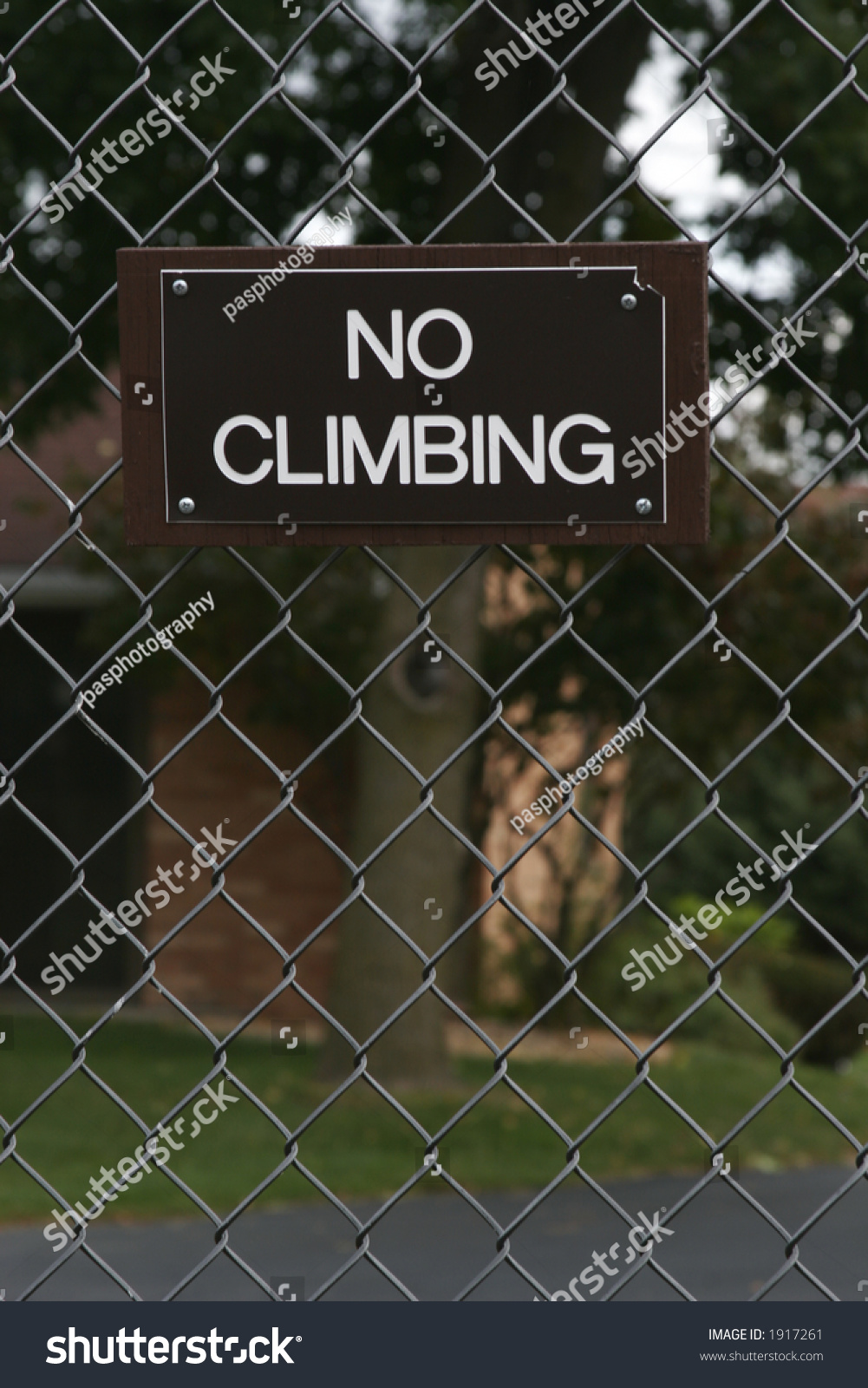 broken fence warning announcement - photo #22
