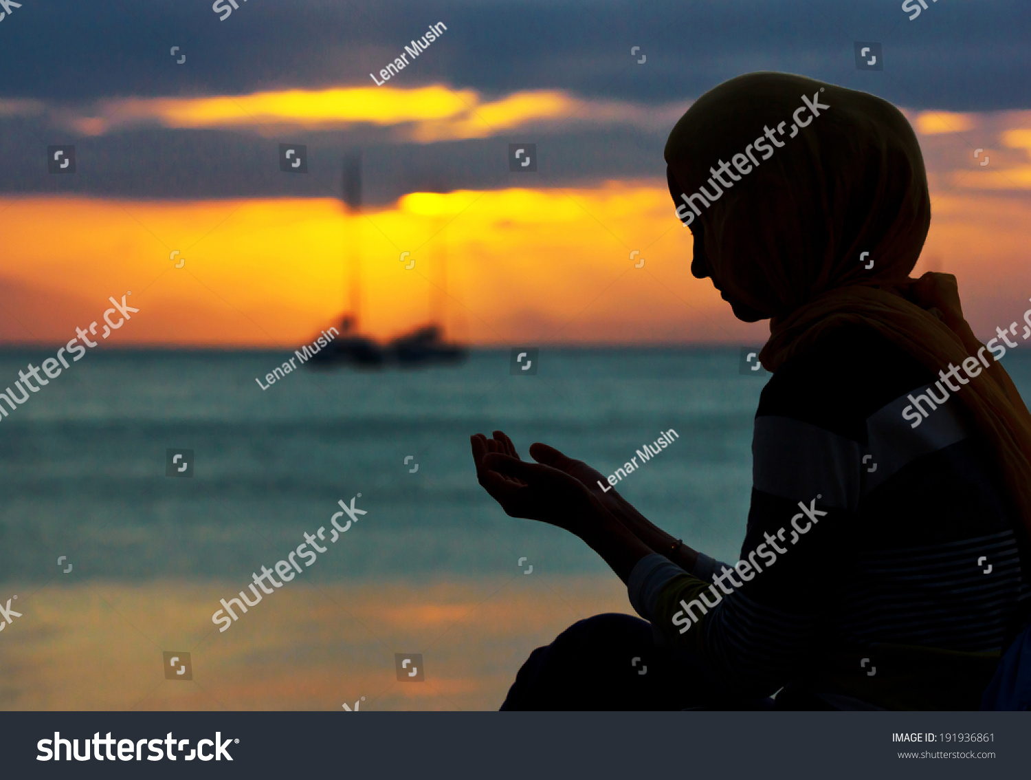 sunset muslim single women 197 – rule: even though looking at the face and hands of a muslim woman in hijab,  or if you wish to see further development of al-islamorg, .