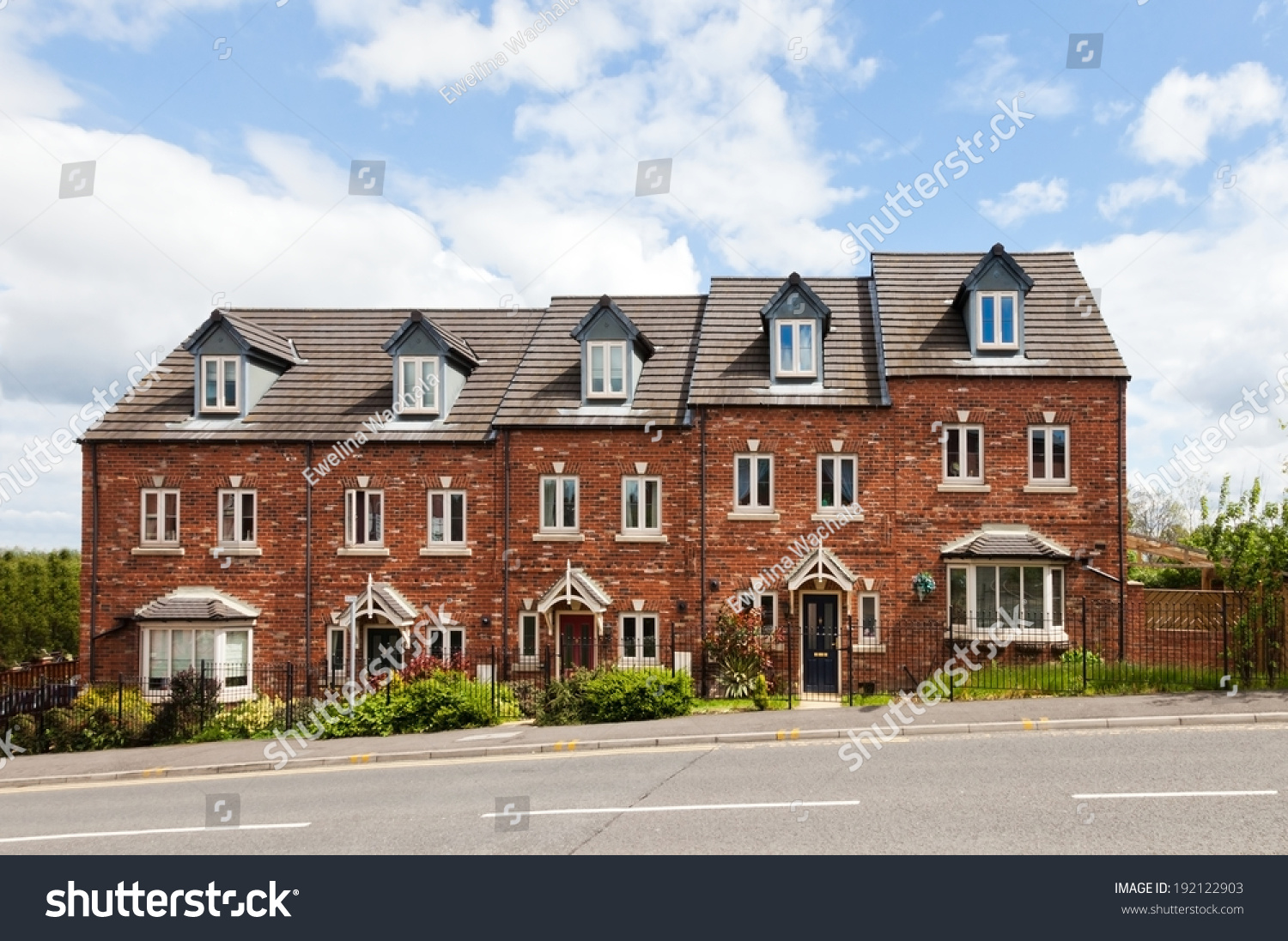 Terraced House Stock Photo 192122903 - Shutterstock
