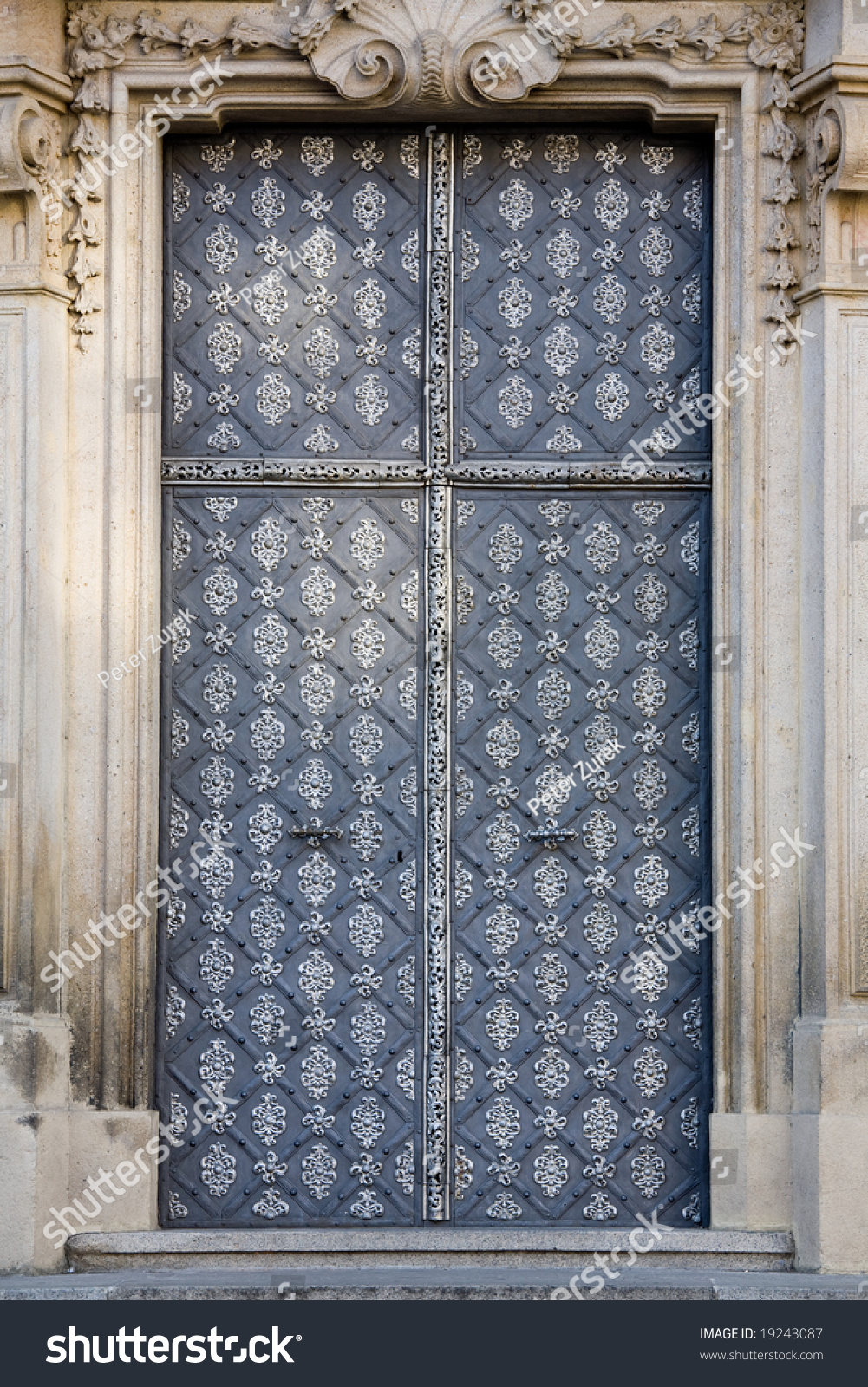 Old metal iron entrance door in prague little quarter for Door z prague
