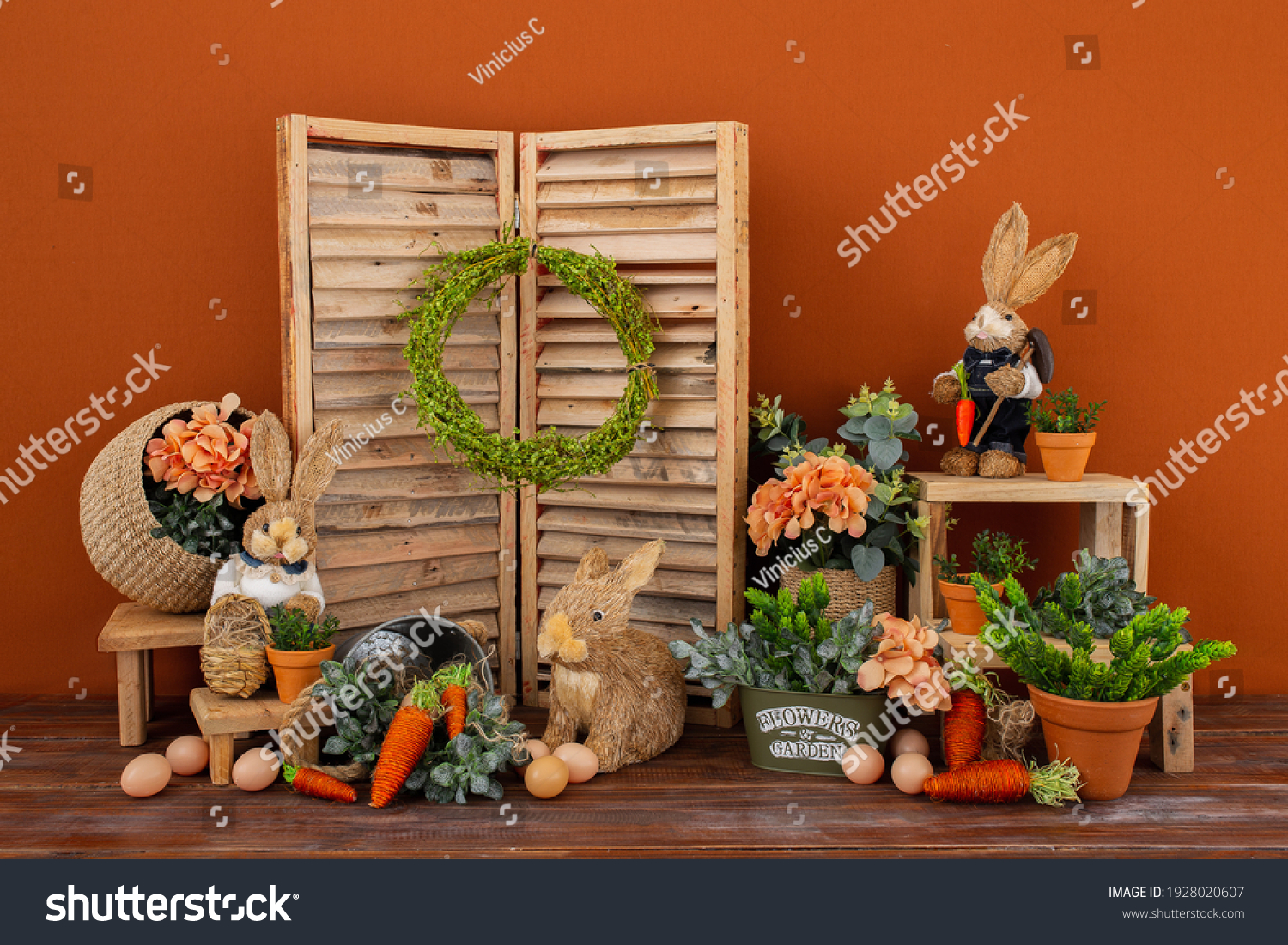 Easter backdrop or background for photo mini session in brown color. Contains straw rabbits. #1928020607