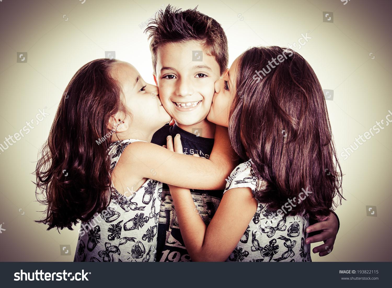 Русское брат кончил в сестру, Брат зашёл к сестре))) смотреть онлайн видео брат 8 фотография