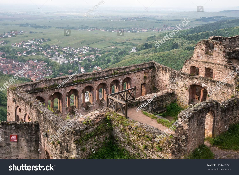 Ruin saint ulrich castle near ribeauville stock photo for Piscine de ribeauville