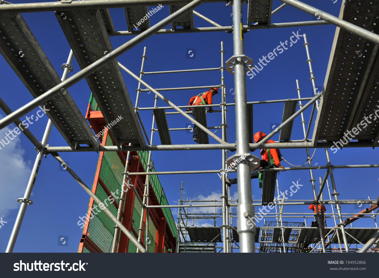 Man Labor Erection Scaffolding Stock Photo 194952866 Shutterstock