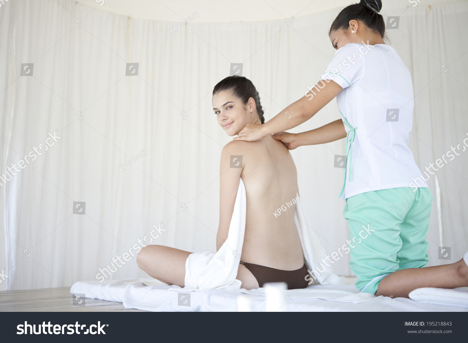 The Image Of An Asian Woman Getting A Massage Stock Photo 195218843  Shutterstock-1722