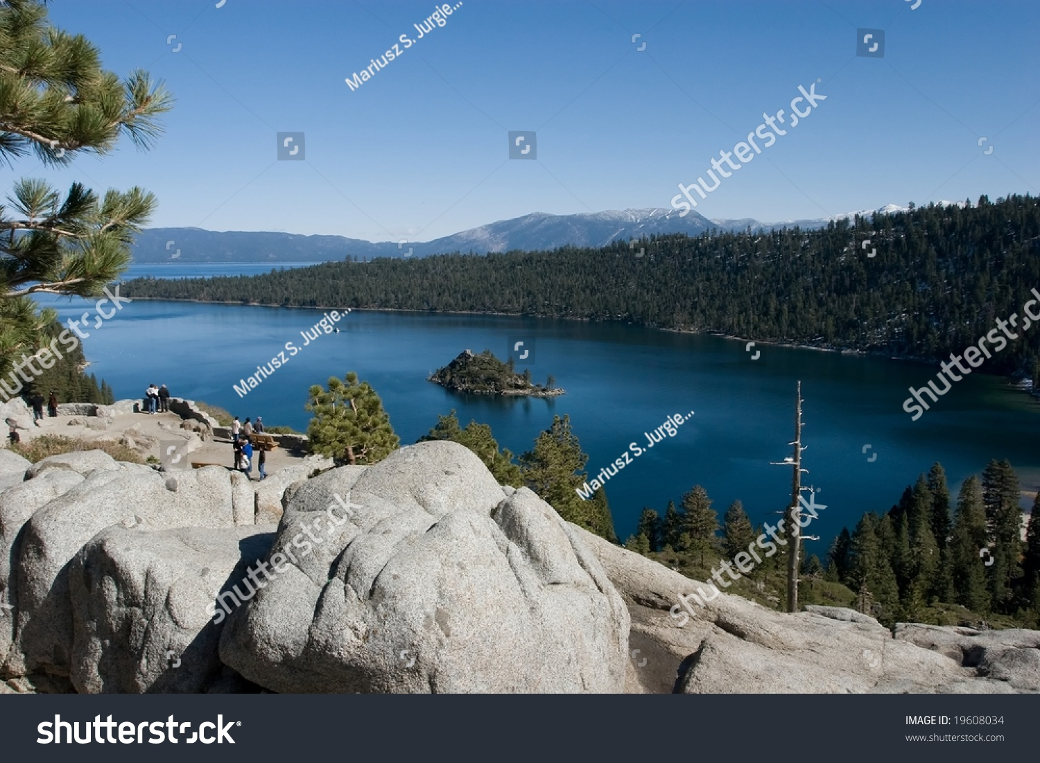 Lake Tahoe (NV) United States  city photo : freshwater lake in the Sierra Nevada mountains of the United States ...