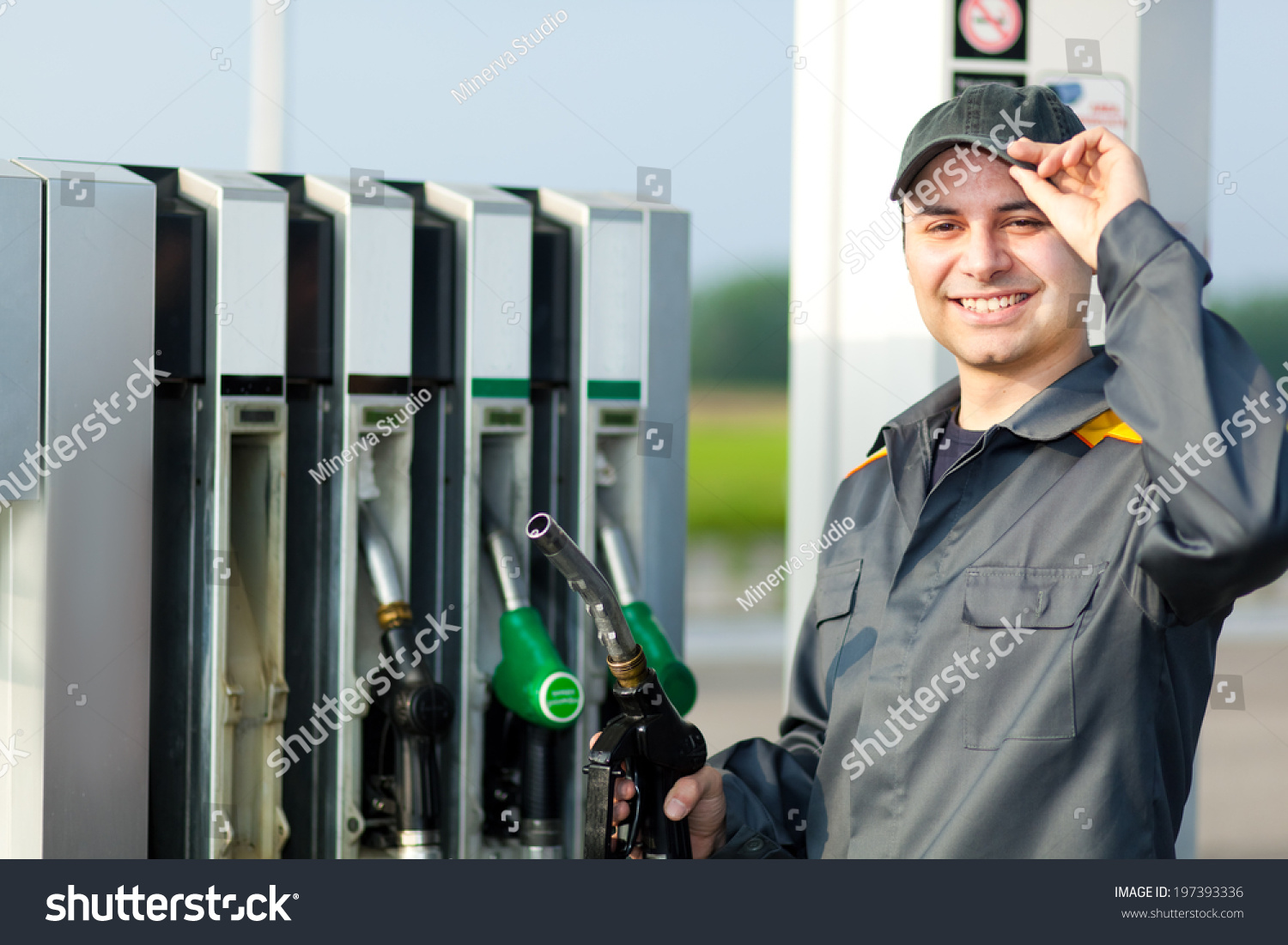 Gas Station Attendant Work Stock Photo 197393336 - Shutterstock