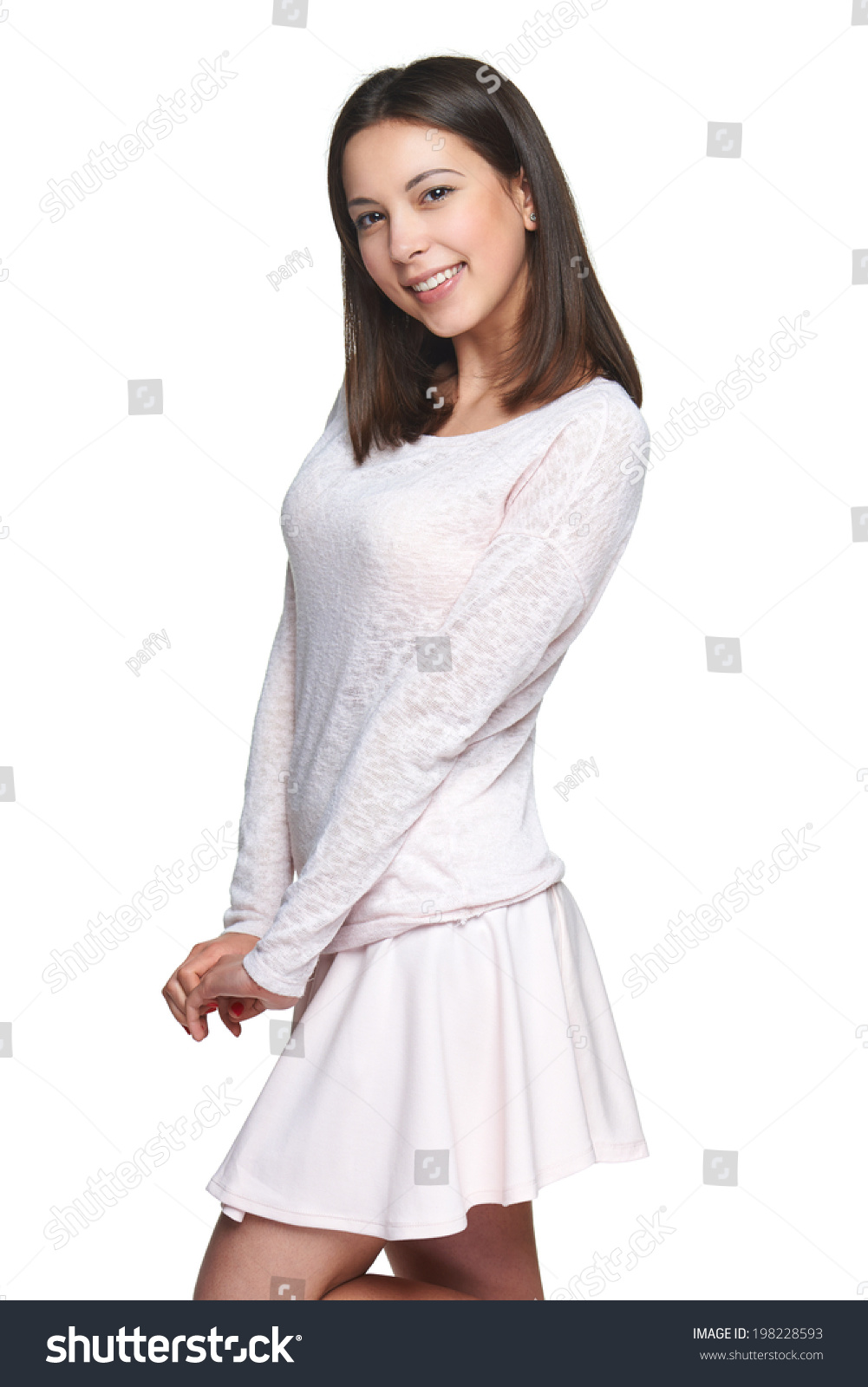 Kristen Stewart  Spiky Skirt at Teen Choice Awards  Photo