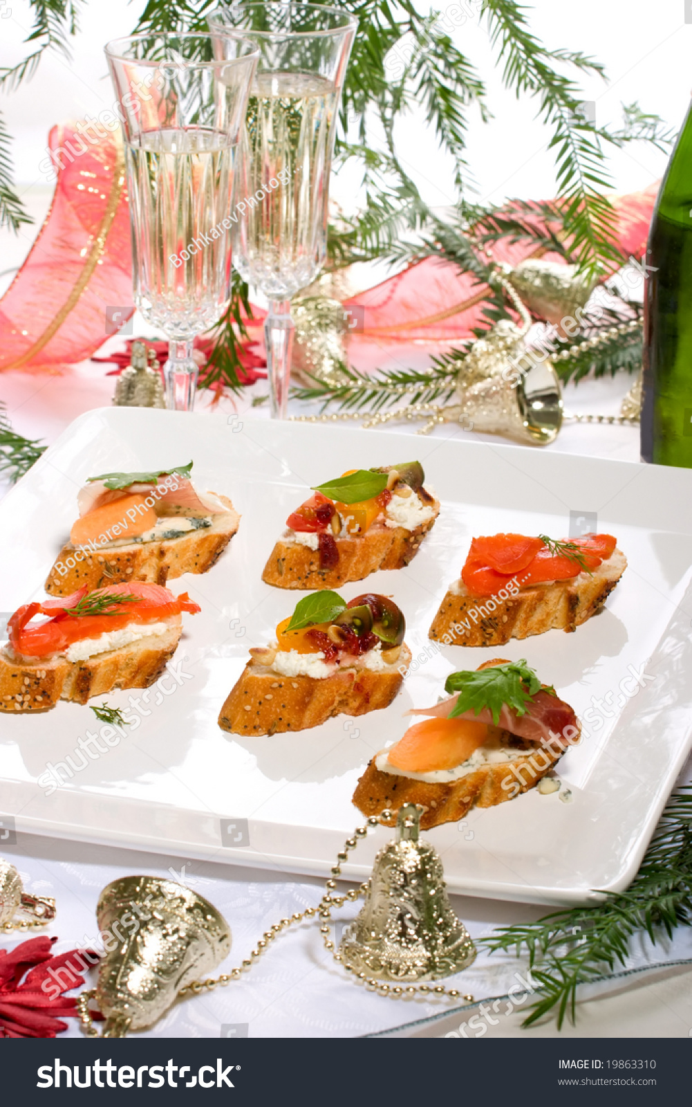 Holiday table full canapessandwiches champagne christmas for Canape sandwiches