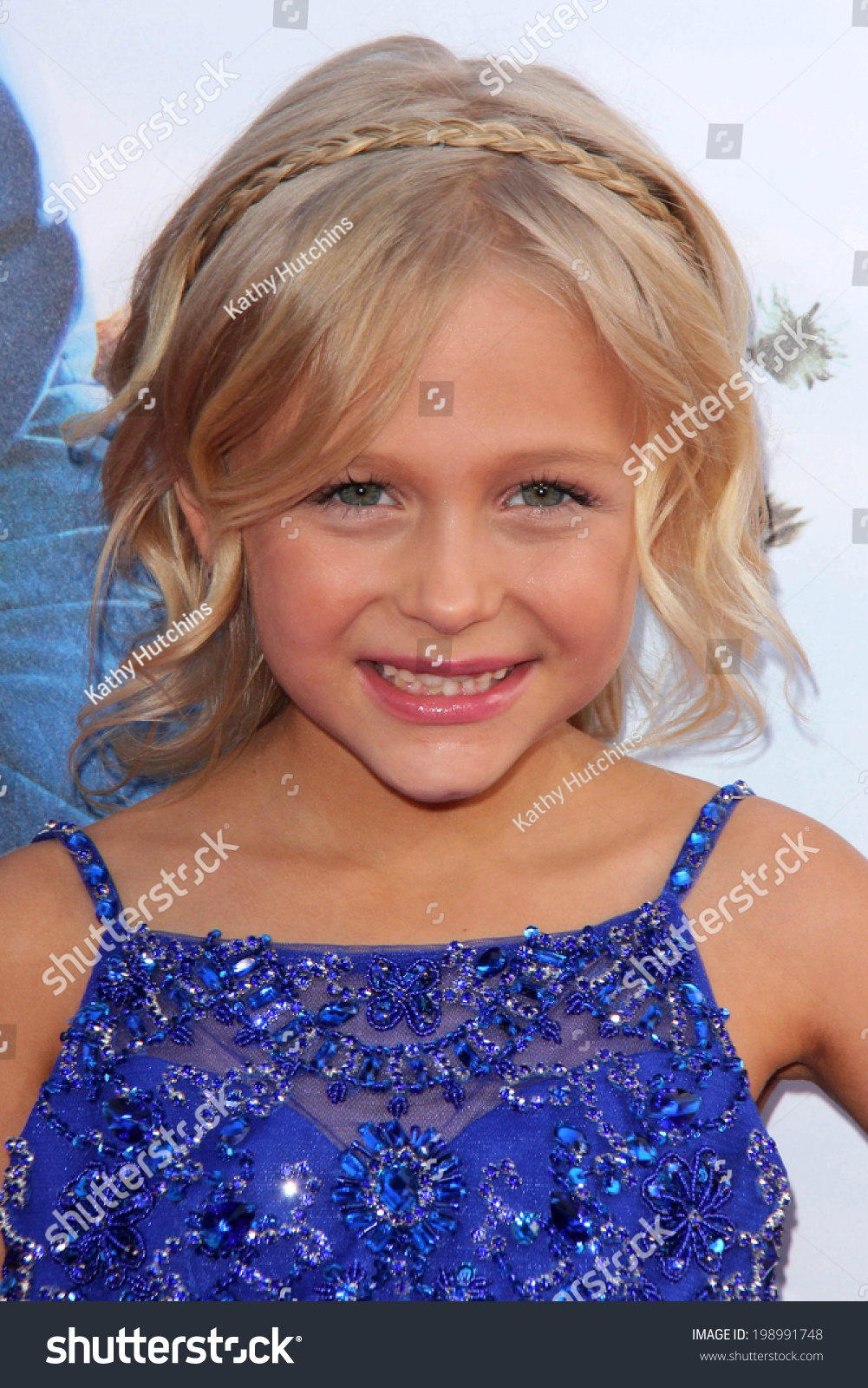 """Los Angeles - May 21: Alyvia Alyn Lind At The """"Blended ..."""
