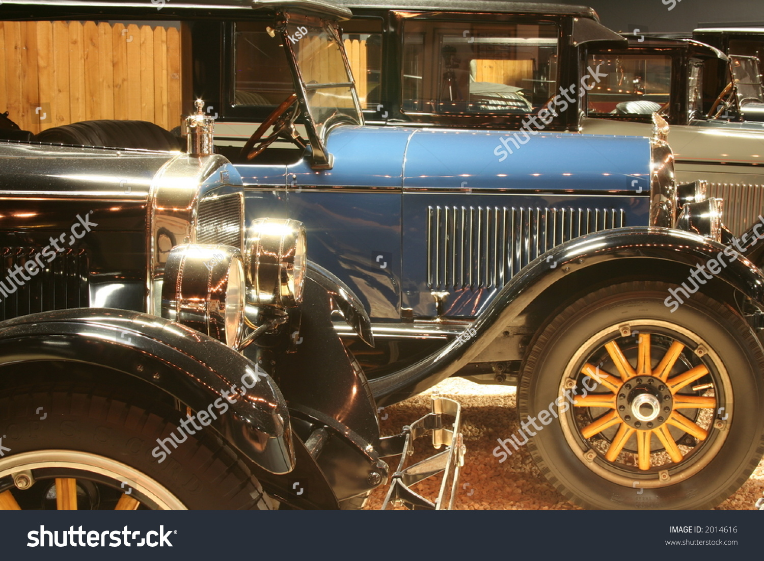 Vintage Antique Cars Stock Photo 2014616 - Shutterstock