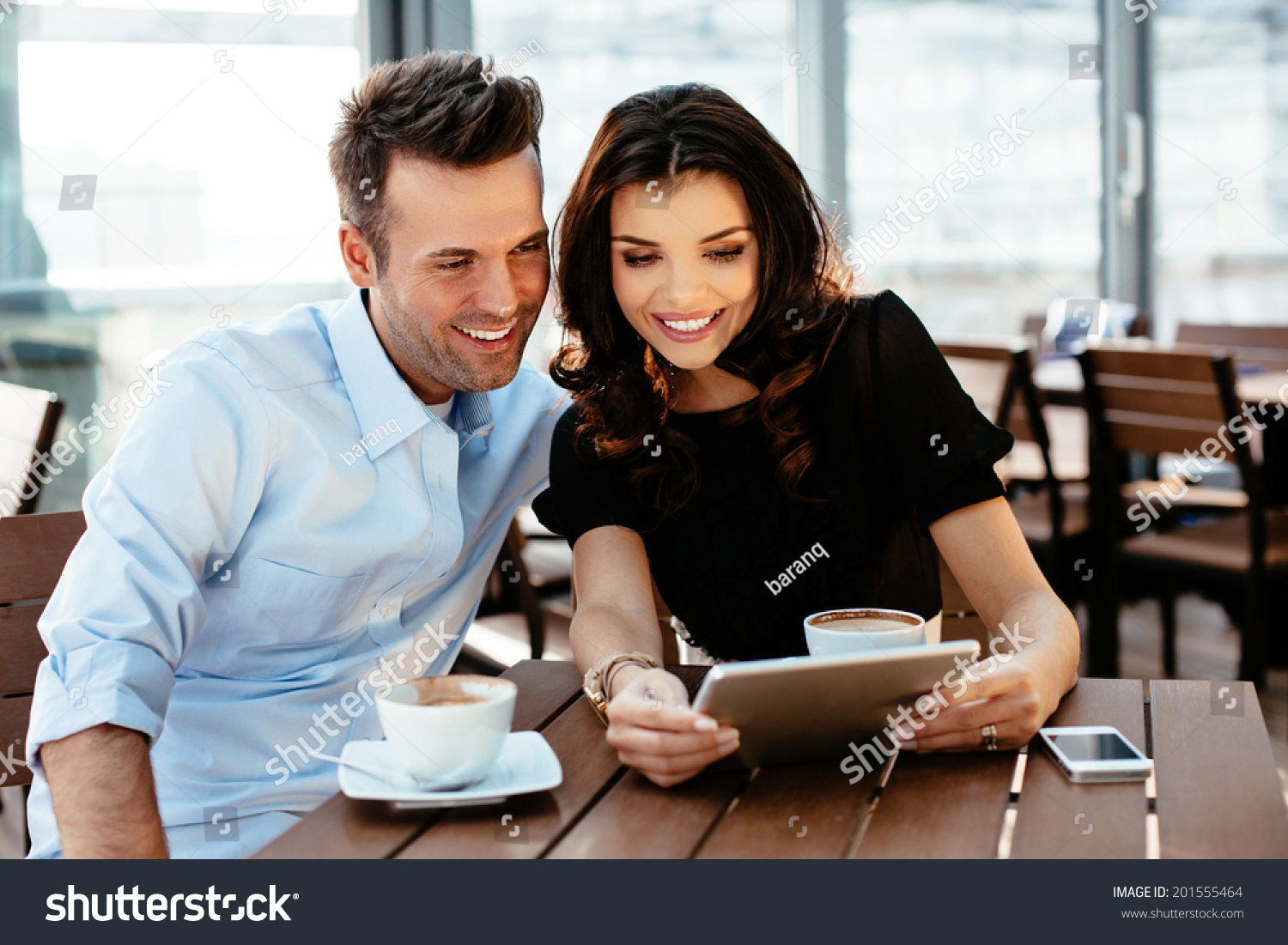 Online dating young professionals