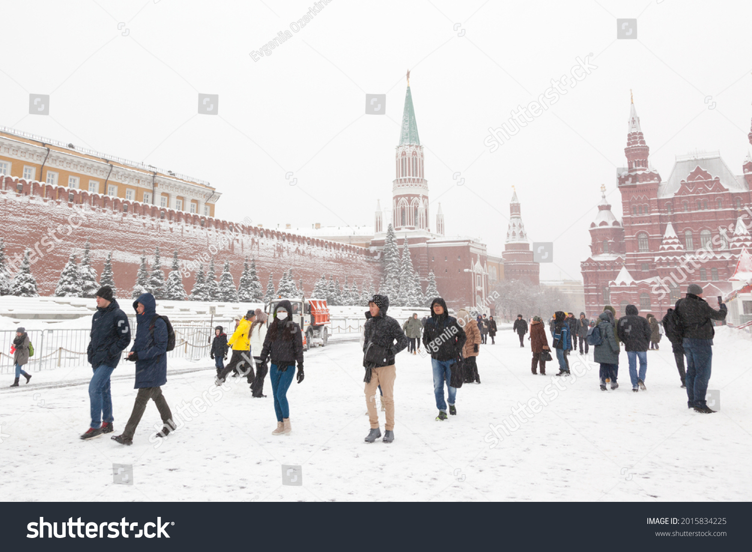 stock-photo-red-square-of-moscow-is-in-w