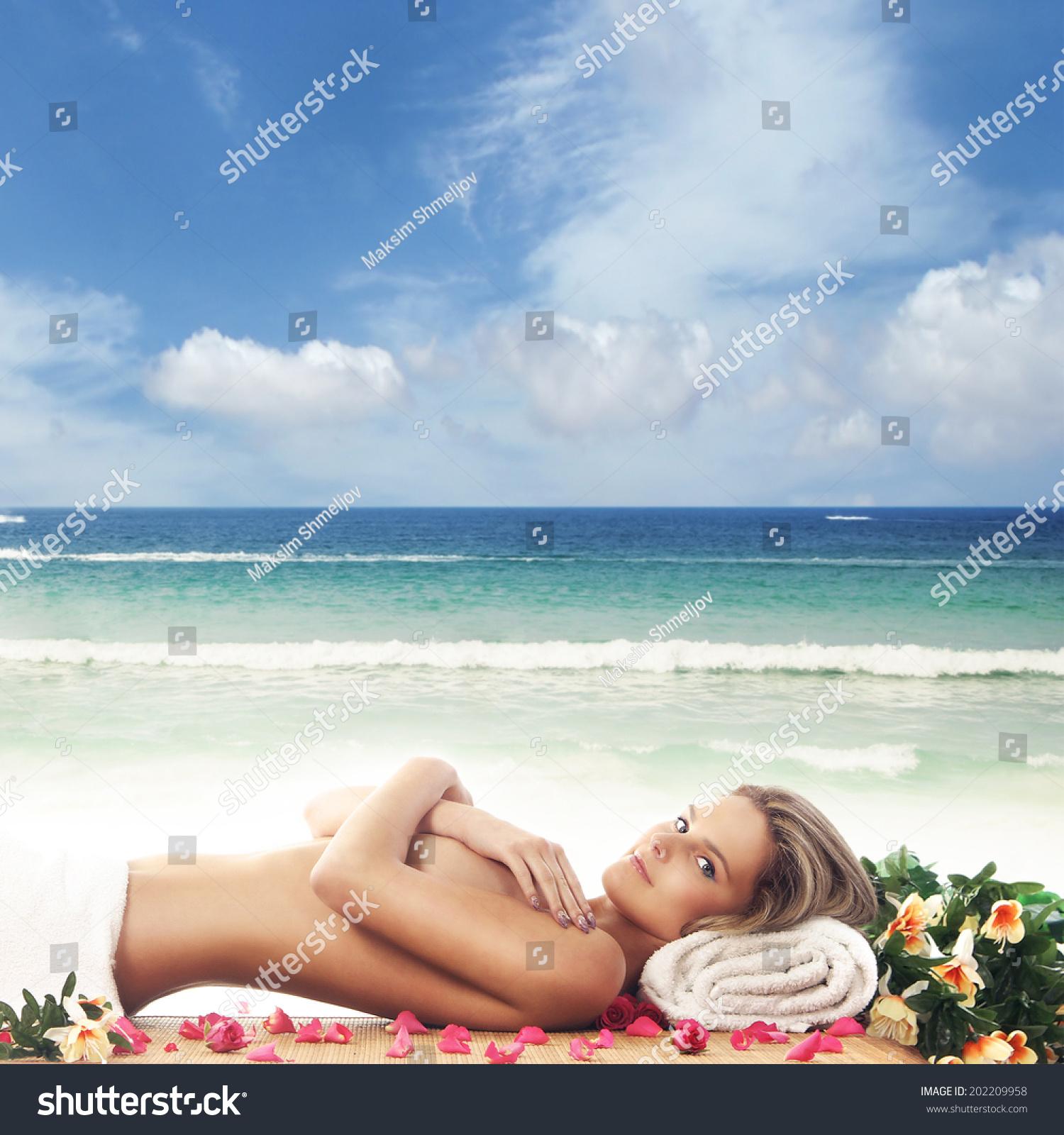 Pics the naked at women beach Public Beach
