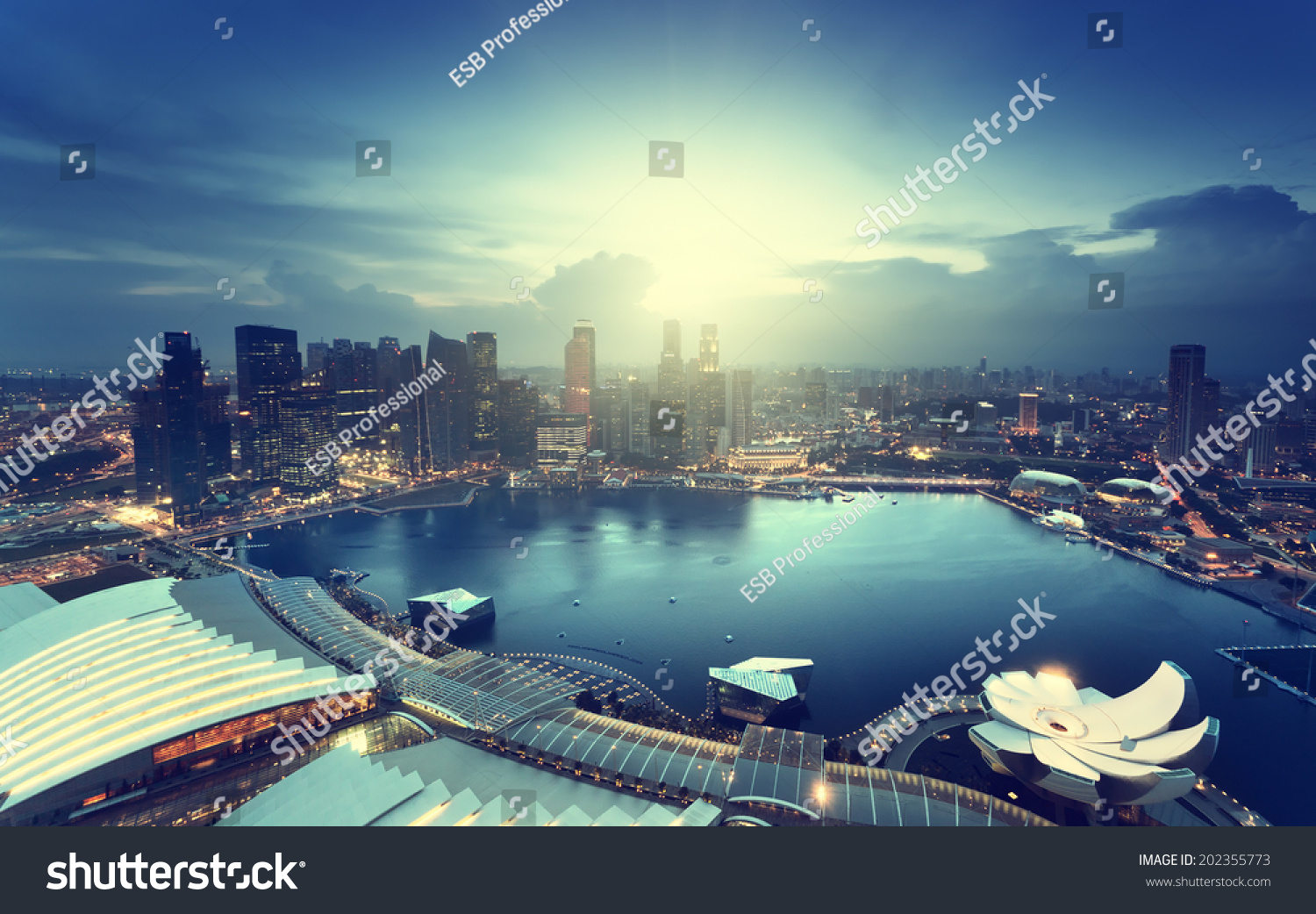 singapore city sunset time stock photo 202355773 shutterstock. Black Bedroom Furniture Sets. Home Design Ideas