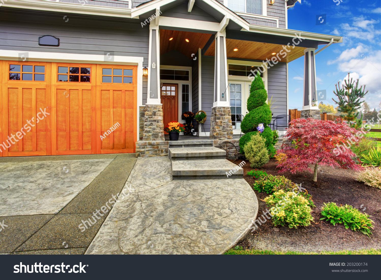 Luxury House Entrance Porch Stone Column Stock Photo 203200174 ...