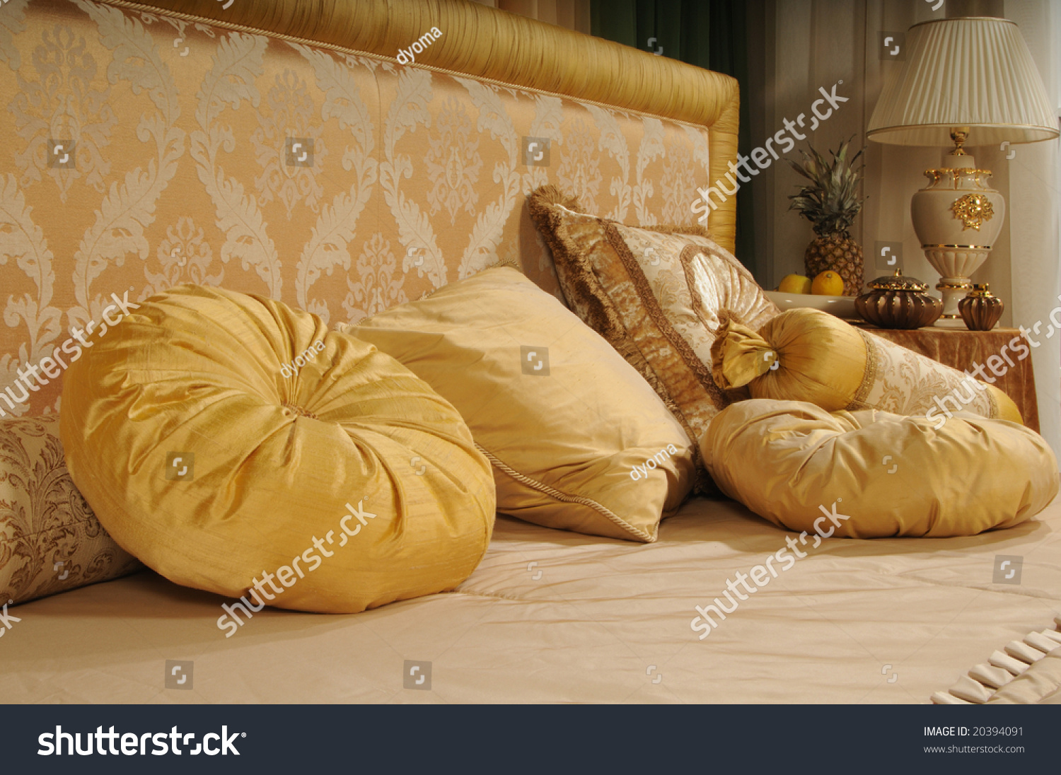 Throw Pillows On The Bed Song : Decorative Pillows On A Bed At A Headboard Stock Photo 20394091 : Shutterstock