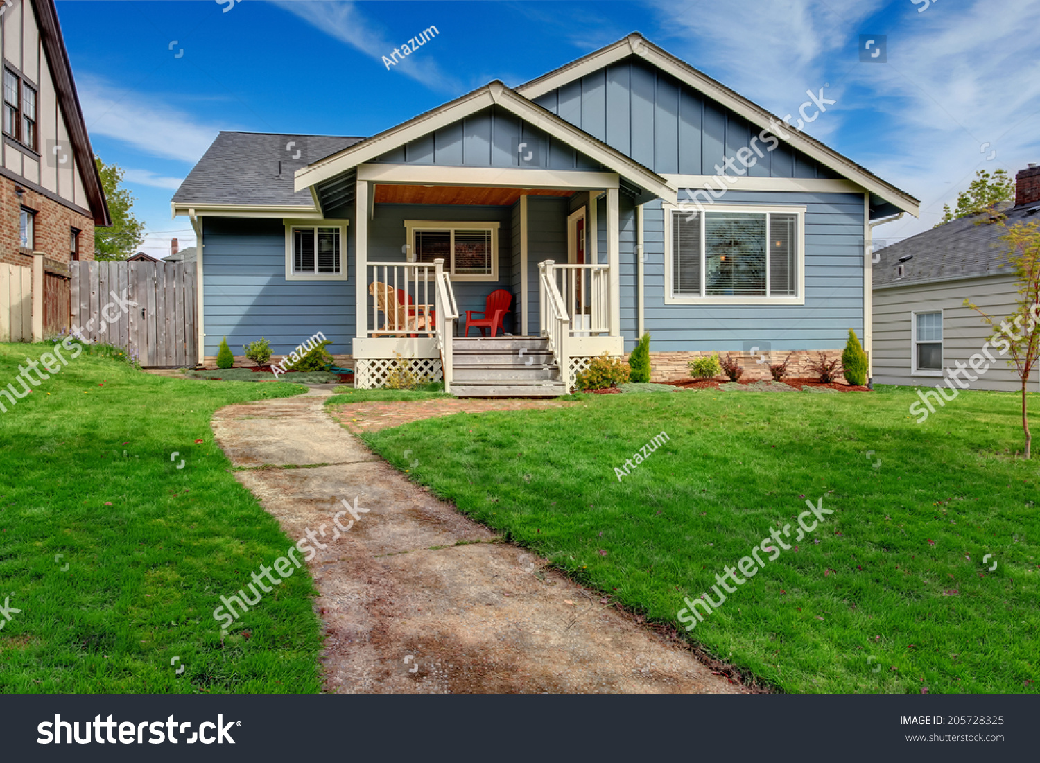 House exterior view front yard small stock photo 205728325 for Front look of small house