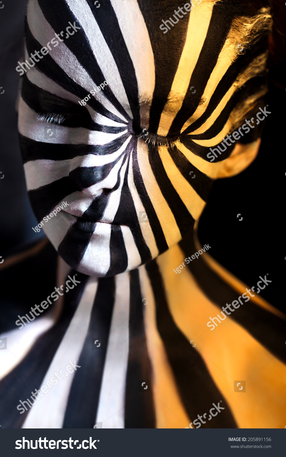 Tricolor Spiral Bodyart On Body Young Stock Photo Edit Now 205891156