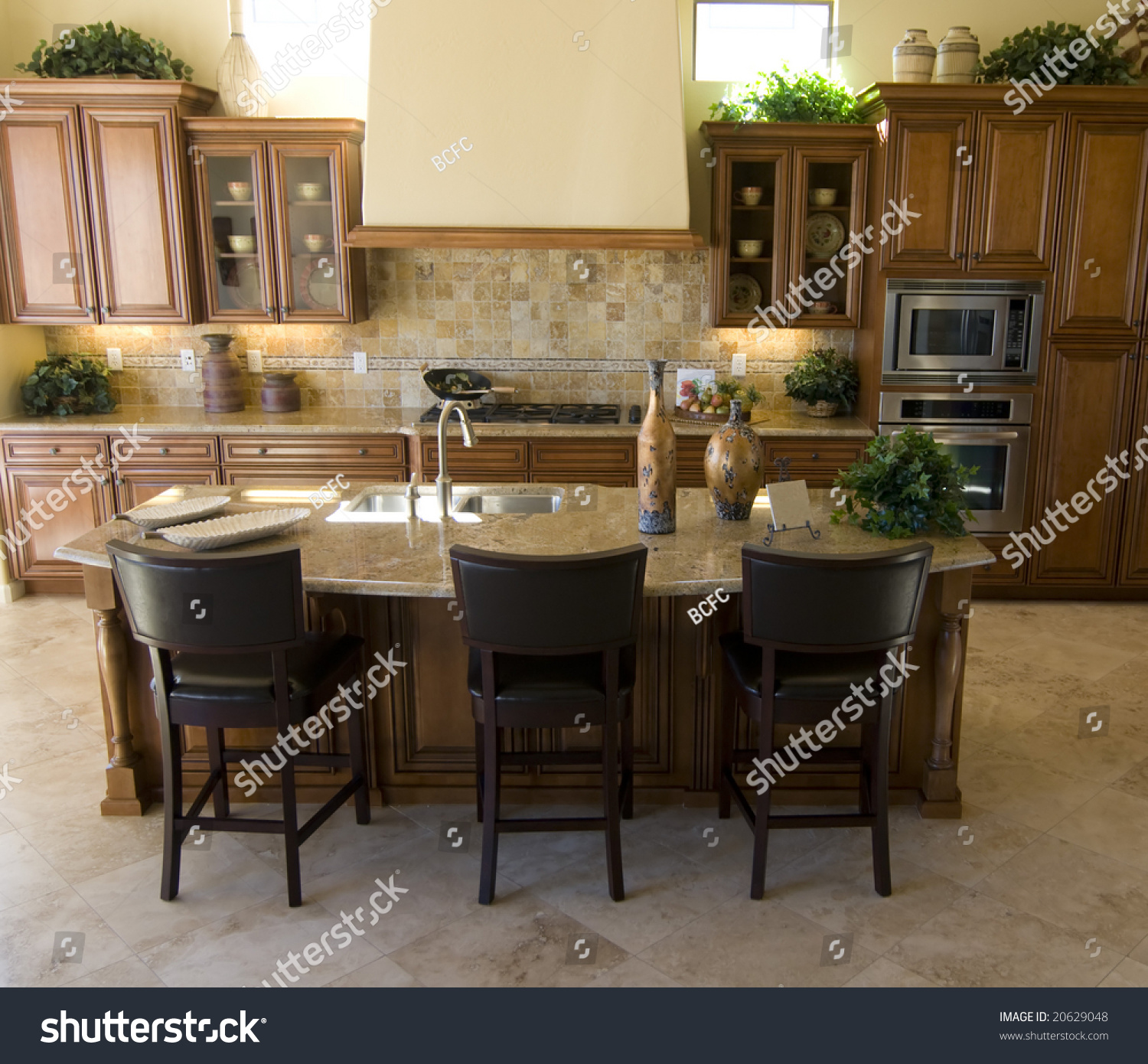 Beautiful Large Modern Kitchen Area In New Home Stock