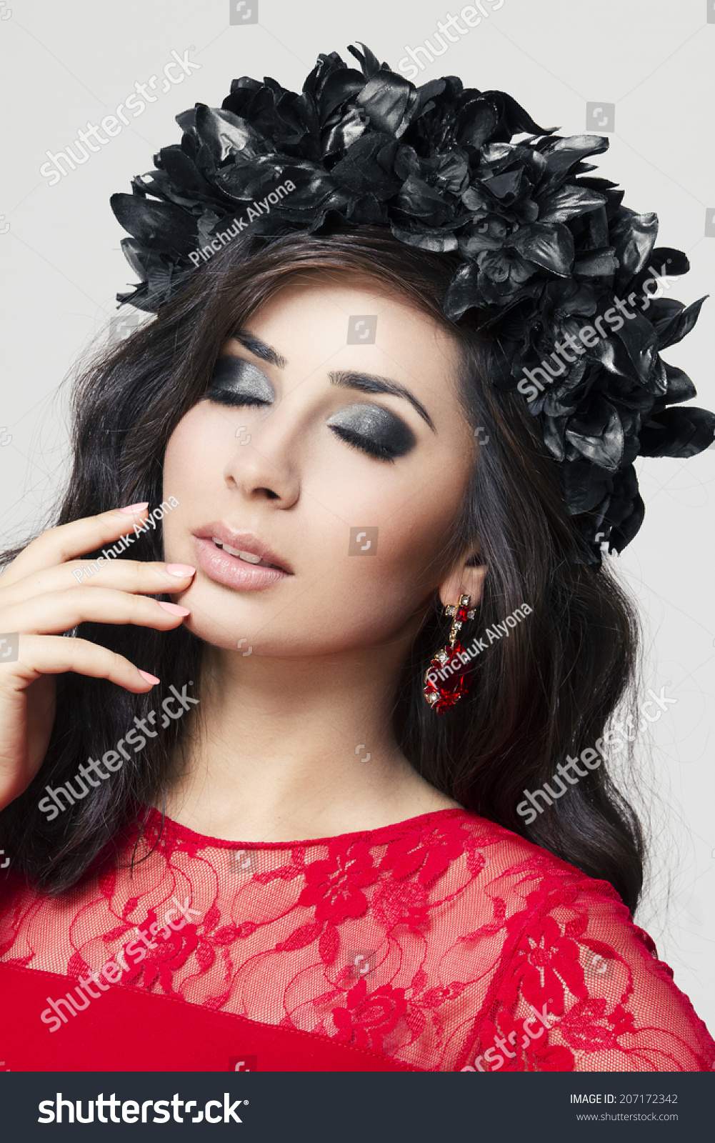 bock muslim single women Muslim single woman - if you are looking for the best online dating site, then you come to the right place sign up to meet and chat with new people and potential relationships.