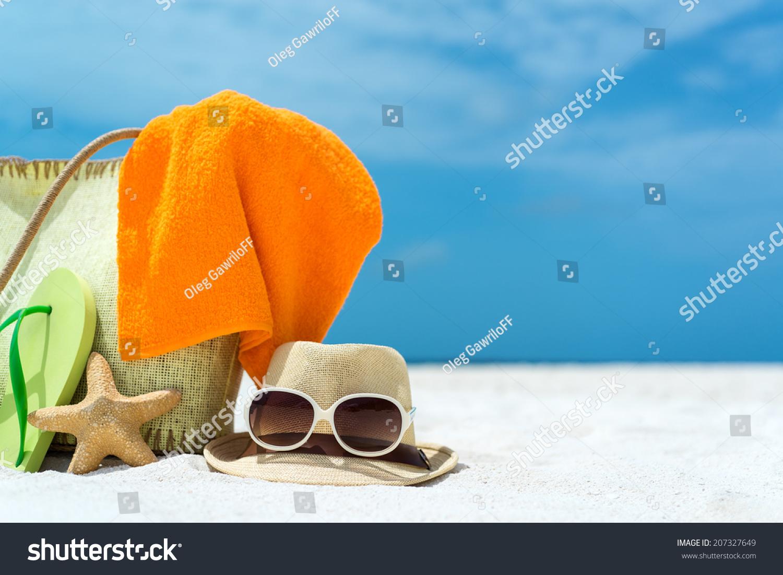 211bf8bc9d Summer Beach Bag Starfishtowelsunglasses Flip Flops Stock Photo ...