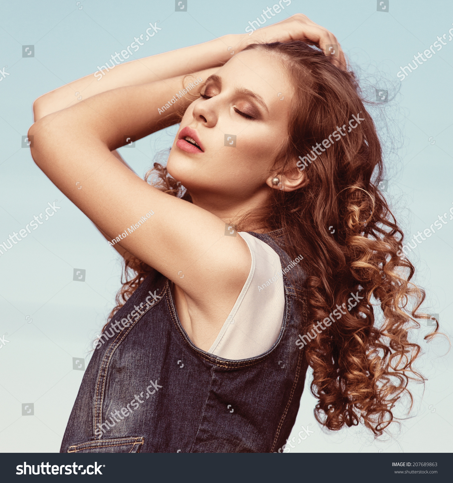 Happy Beautiful Natural Emotion Woman Joying On Blue Sea: Sunny Portrait Beautiful Young Girl Stock Photo 207689863