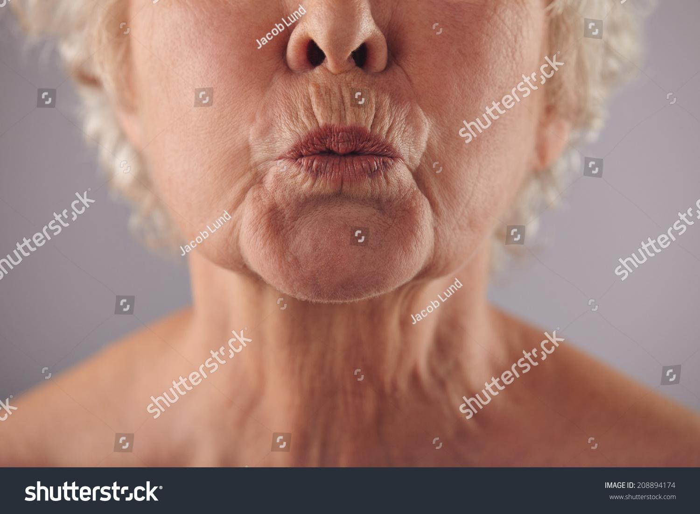 Mature hairy lips