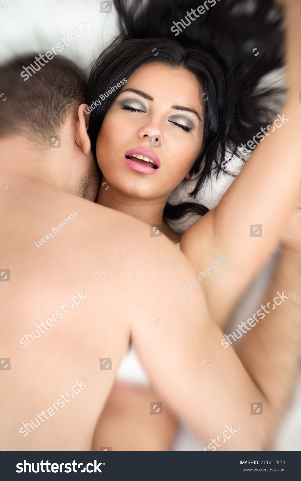 men having sex with girls kissing