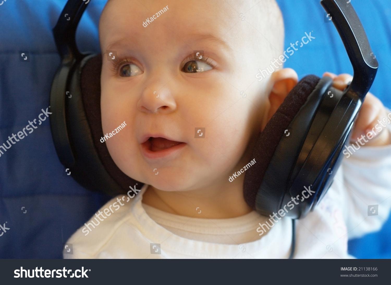 Baby With Big Headphones Stock Photo 21138166 : Shutterstock