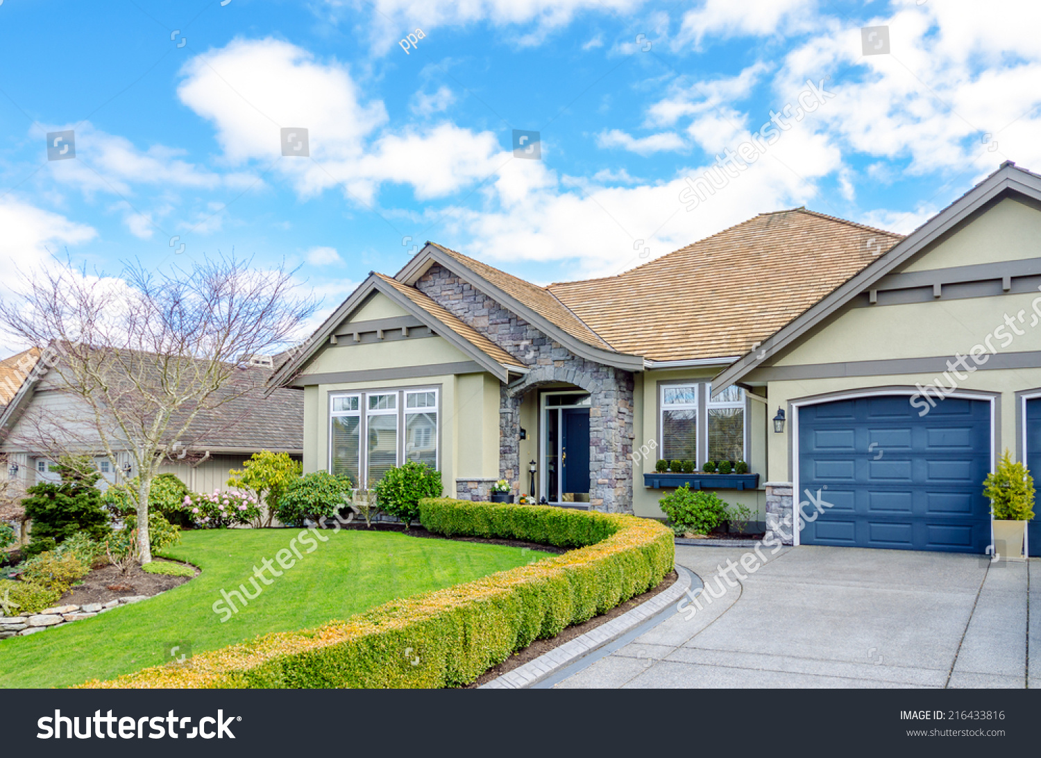 Entrance Luxury House Beautiful Landscaping On Stock Photo Edit Now