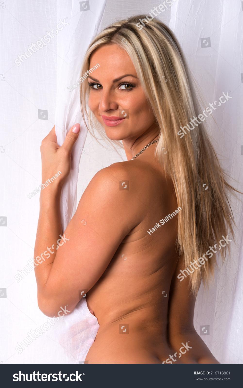nude Czech beauty