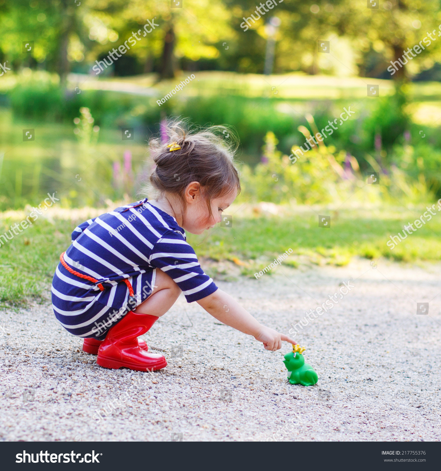 red rain boots for toddlers