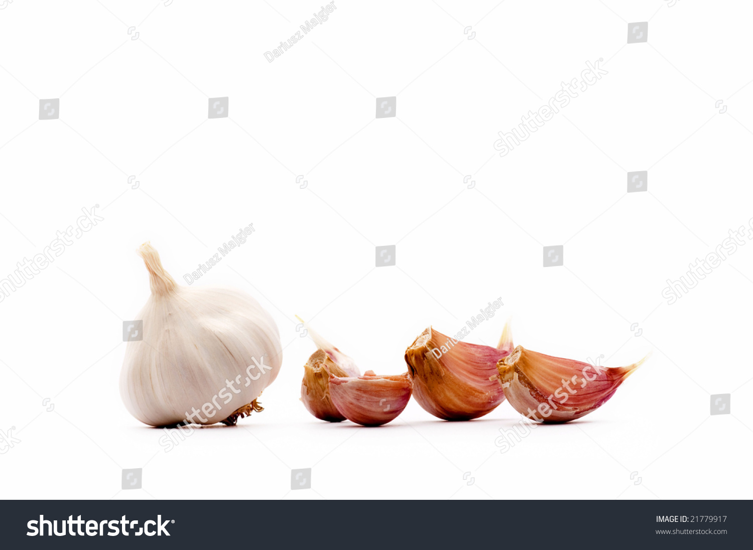 the effectiveness of using garlic allium Also, per increased with increasing allium sativum doses up to 30g / kg diet ( 162±003) and slightly increased with doses up to 45 mg chloramphenicol / kg diet (134±002) feed efficiency ratio (fer) increased with garlic doses up to 30g/kg, while the opposite trend was found with chloramphenicol diets there was a.