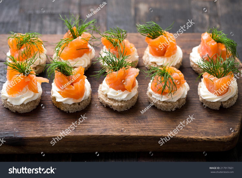 mini canapes with smoked salmon - Mini Canape