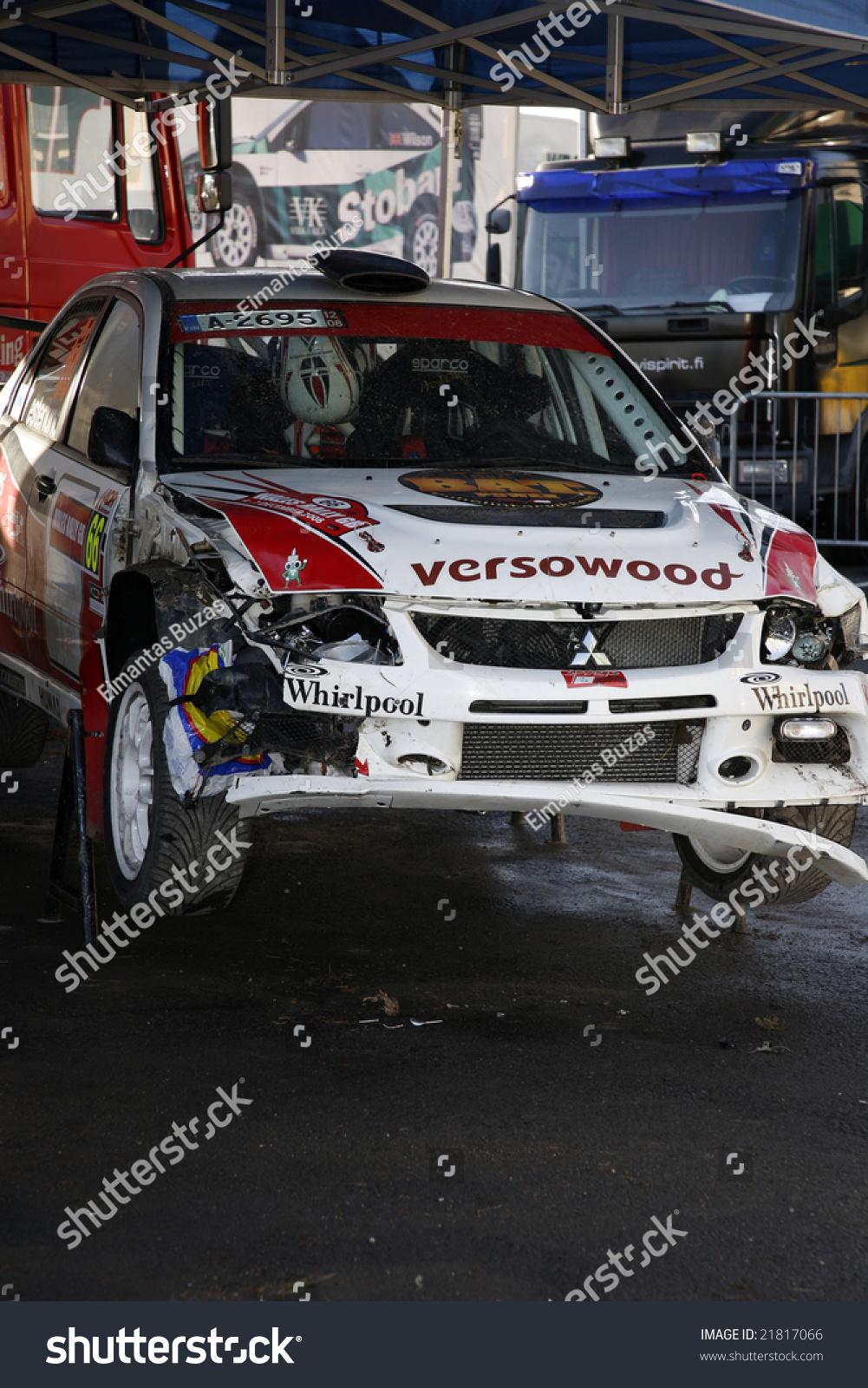 Damaged Mitsubishi Rally Car Service Area Stock Photo 21817066 ...