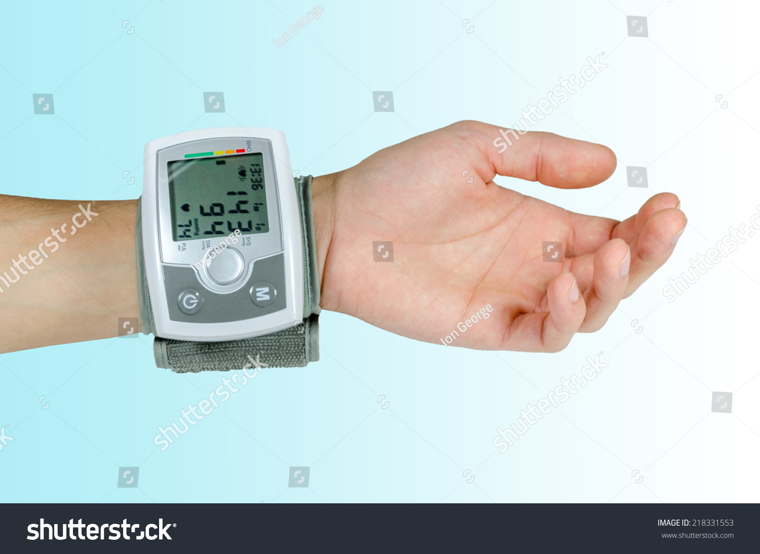 Use Electric Measuring Devices : Electrical device for measuring blood pressure and heart