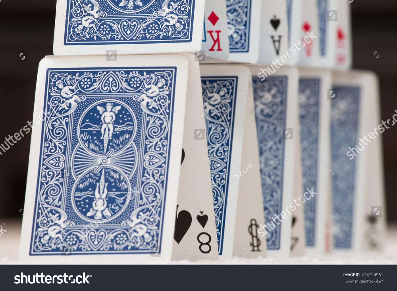 poker pyramide
